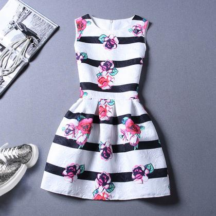 Sweet Fringe Printing Sleeveless Ve..