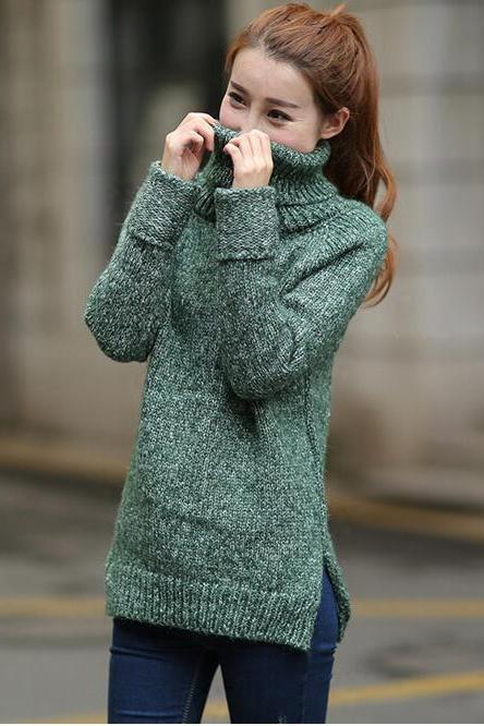 Green Knitted Turtleneck Long Cuffed Sleeves Sweater Featuring Slit