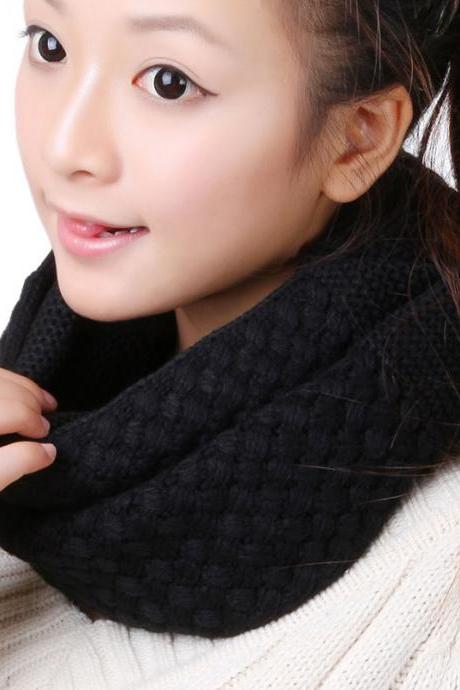 Women Winter knitted Scarves - Black
