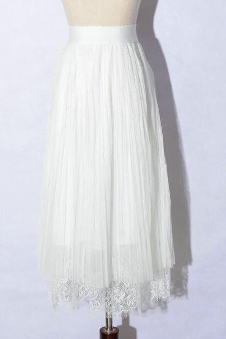 New Spring Elegant Lace Patchwork Pleated Skirt - White