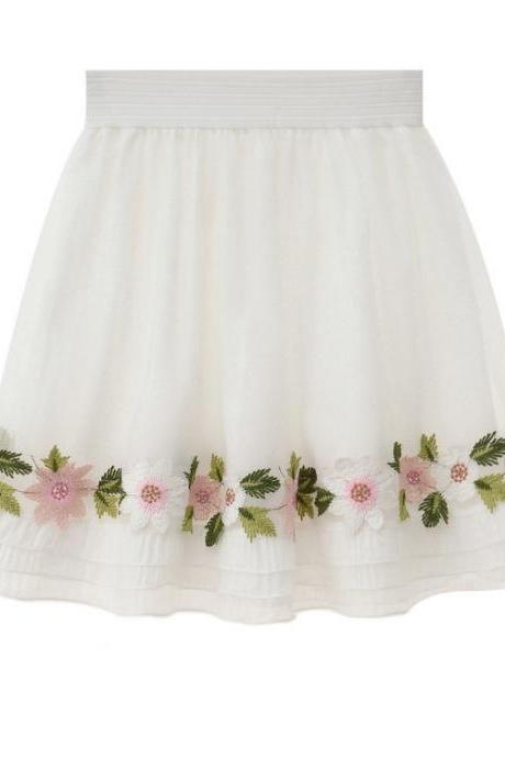Floral Embroidered White Elasticised High Waisted Short Skater Skirt
