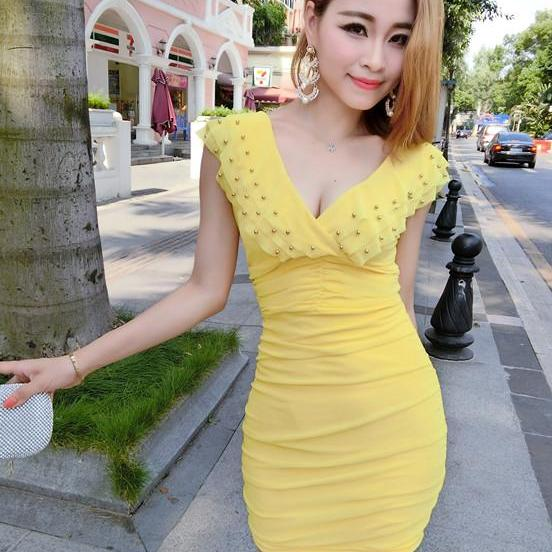 Nightclub sexy V neck ruffled collar sleeveless dress - Yellow